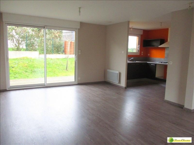 Sale house / villa Puymoyen 140400€ - Picture 2