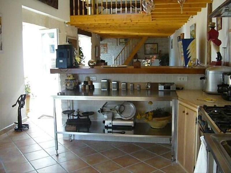 Vente maison / villa Saint-hilaire-la-palud 390000€ - Photo 4