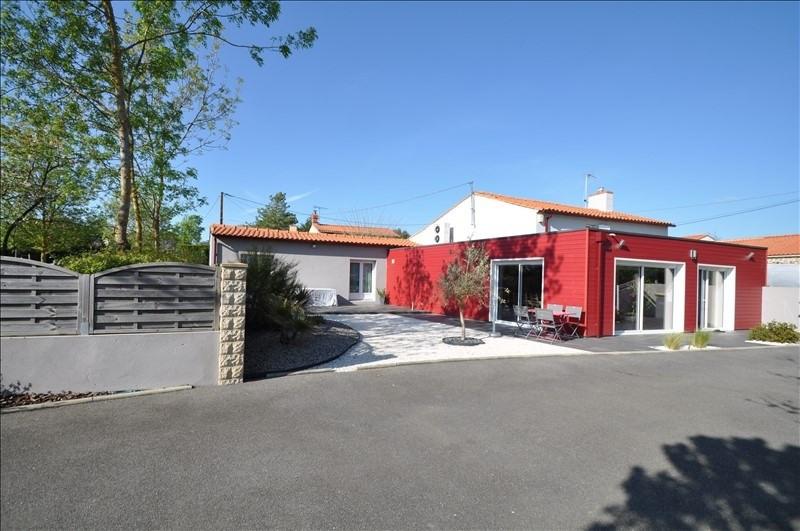 Sale house / villa Vue 307000€ - Picture 1