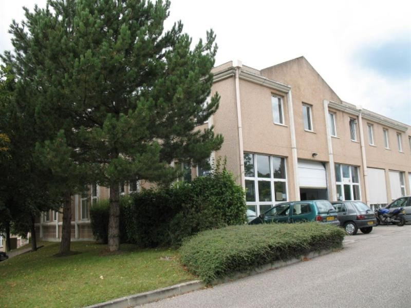 Location Local d'activités / Entrepôt Saint-Nom-la-Bretèche 0