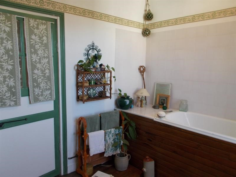 Sale house / villa Aulnay 107000€ - Picture 6