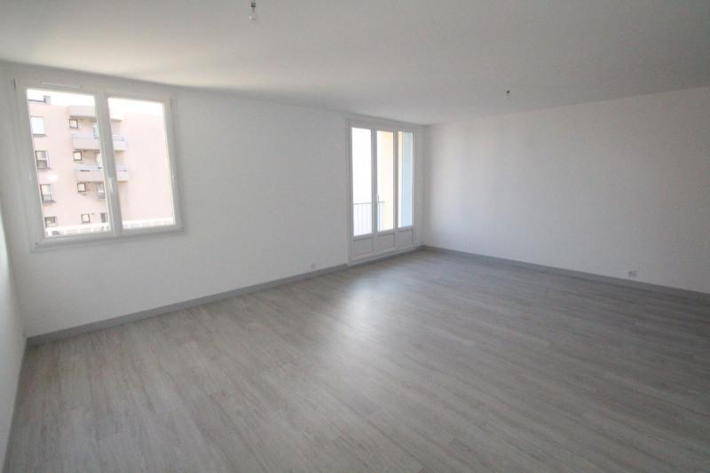 Sale apartment Grenoble 153000€ - Picture 2