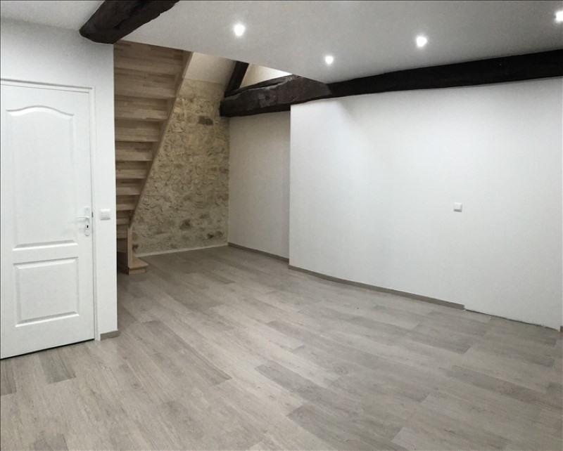 Rental house / villa Montereau fault yonne 879€ CC - Picture 4