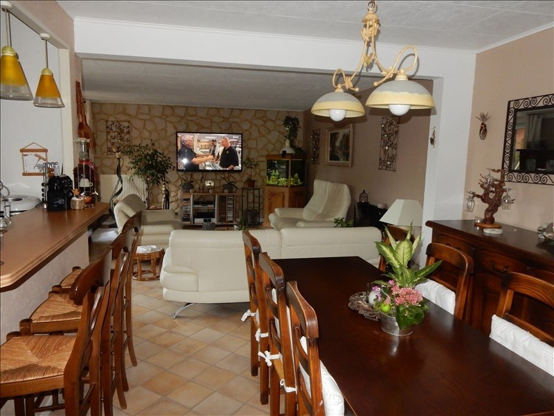 Sale apartment Vaux le penil 199 500€ - Picture 2