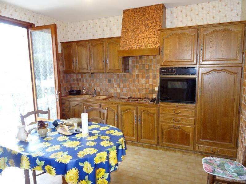 Sale house / villa Beauvoir de marc 169000€ - Picture 4