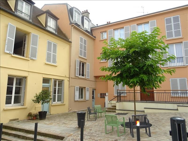 Rental apartment Marly le roi 1050€ CC - Picture 1