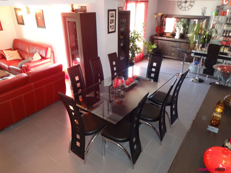 Sale house / villa Althen des paluds 355000€ - Picture 3