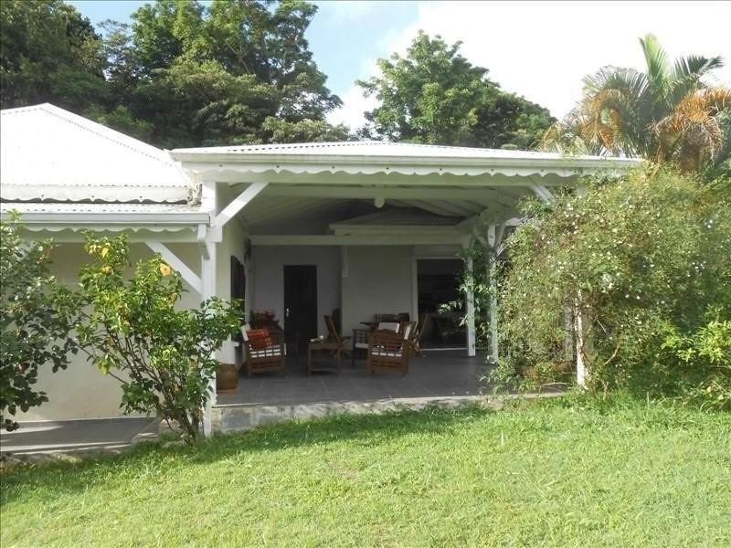Sale house / villa St claude 365000€ - Picture 1