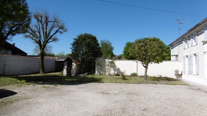 Vente maison / villa 7 kms de cognac 221490€ - Photo 7