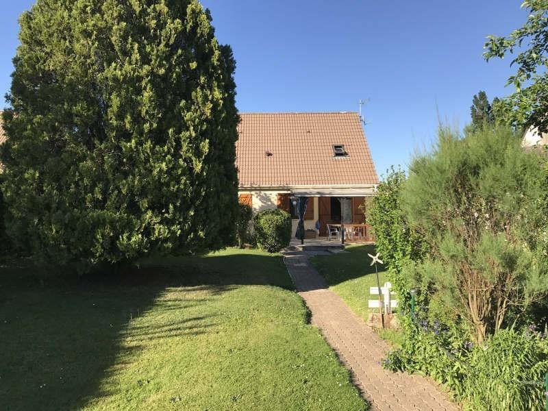 Sale house / villa Chars 231800€ - Picture 2
