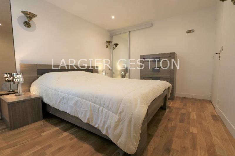 Location appartement Paris 8ème 1550€ CC - Photo 7