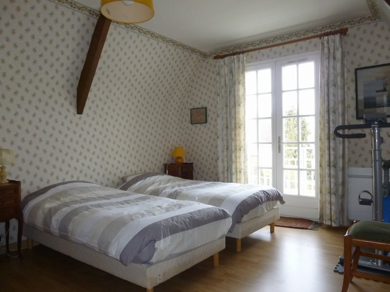 Sale house / villa Eterville 347 000€ - Picture 8