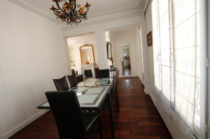 Location appartement Paris 8ème 2600€ CC - Photo 3