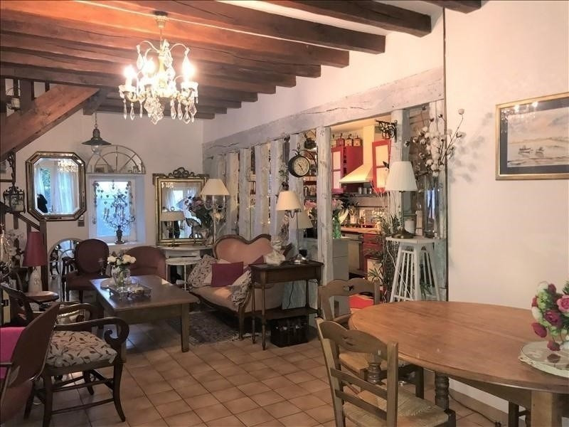 Location maison / villa Sonchamp 950€ CC - Photo 1