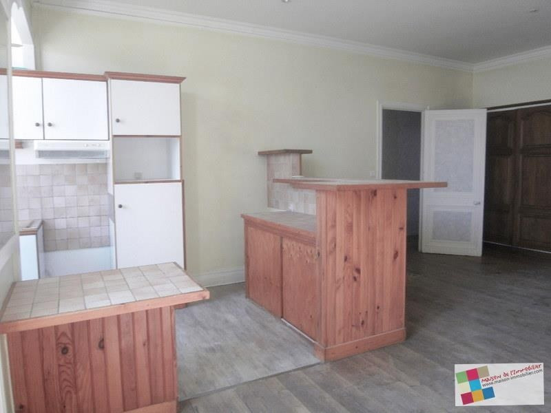 Location appartement Cognac 593€ CC - Photo 2