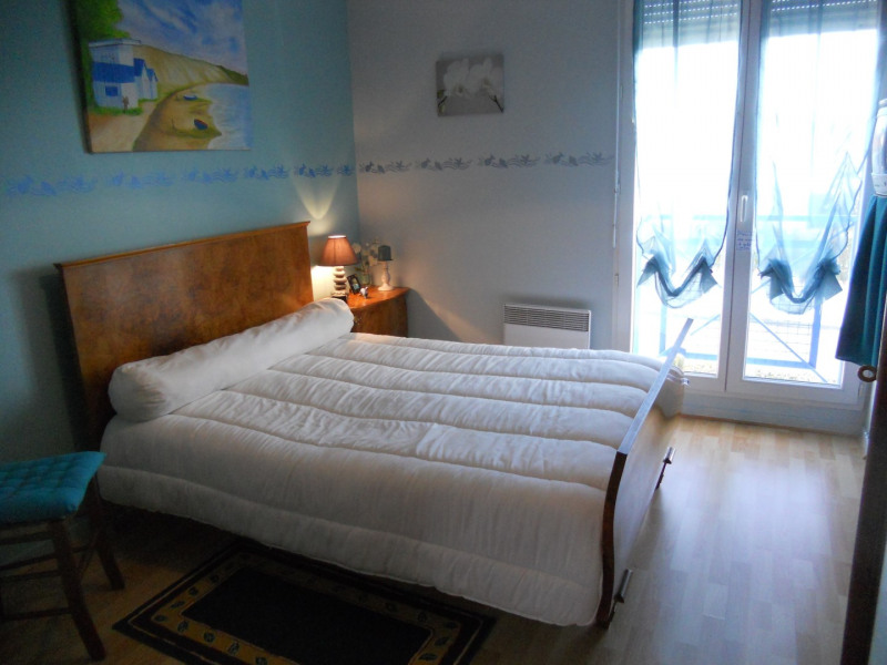 Vacation rental house / villa Royan 914€ - Picture 15