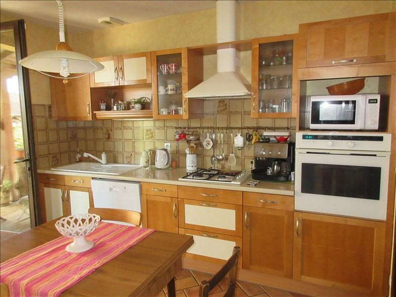 Sale house / villa La murette 280000€ - Picture 2