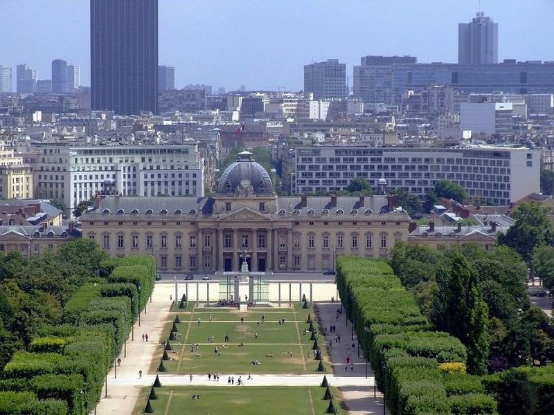 Fonds de commerce Prêt-à-porter-Textile Paris 7ème 0