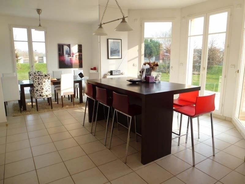 Sale house / villa Feucherolles 870000€ - Picture 6
