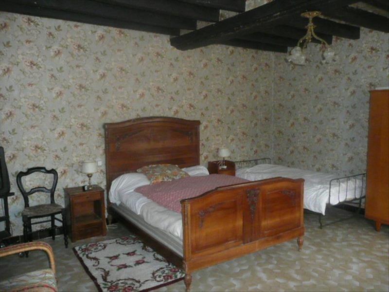 Sale house / villa Presly 72000€ - Picture 5