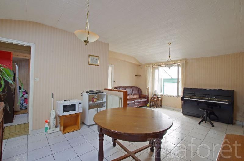 Sale house / villa Cholet 88000€ - Picture 2
