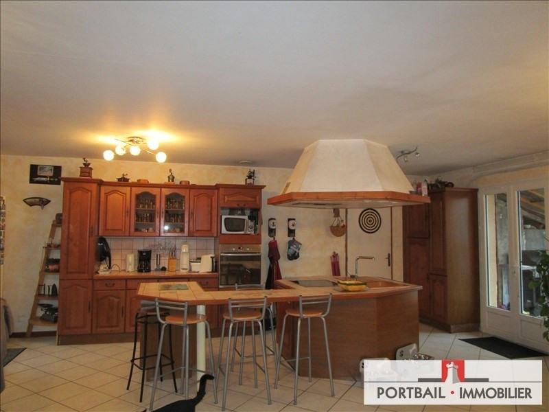 Sale house / villa St savin 160000€ - Picture 2