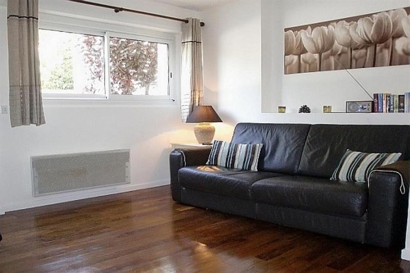 Rental apartment Cap d'antibes 800€ CC - Picture 1