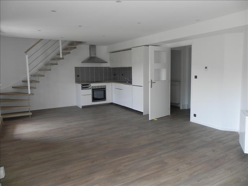 Sale apartment Perros guirec 185400€ - Picture 1