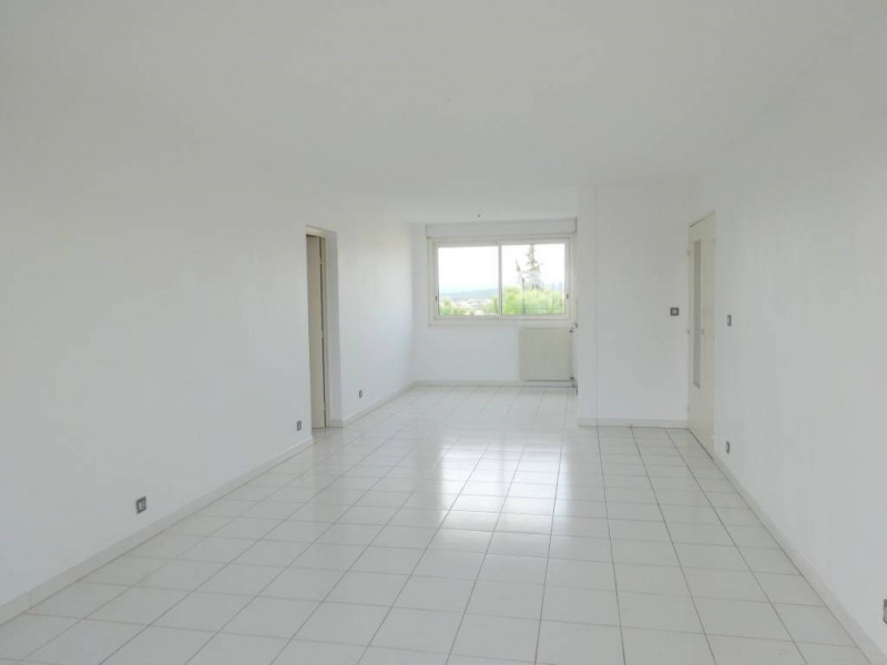 Location appartement Les angles 770€ CC - Photo 5