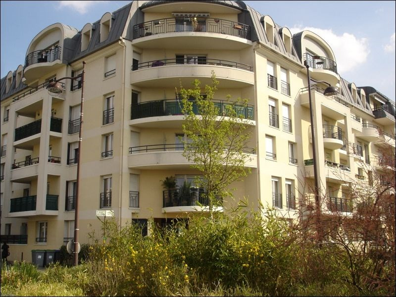 Rental apartment Viry chatillon 776€ CC - Picture 1