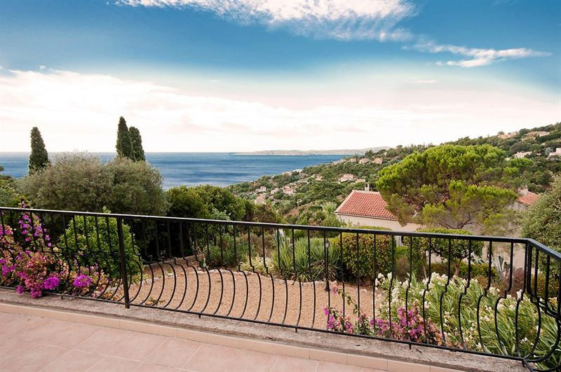 Vacation rental house / villa Les issambres 1485€ - Picture 3