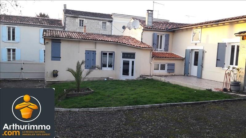 Sale house / villa Matha 168800€ - Picture 1
