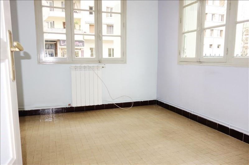 Location appartement Toulon 599€ CC - Photo 3