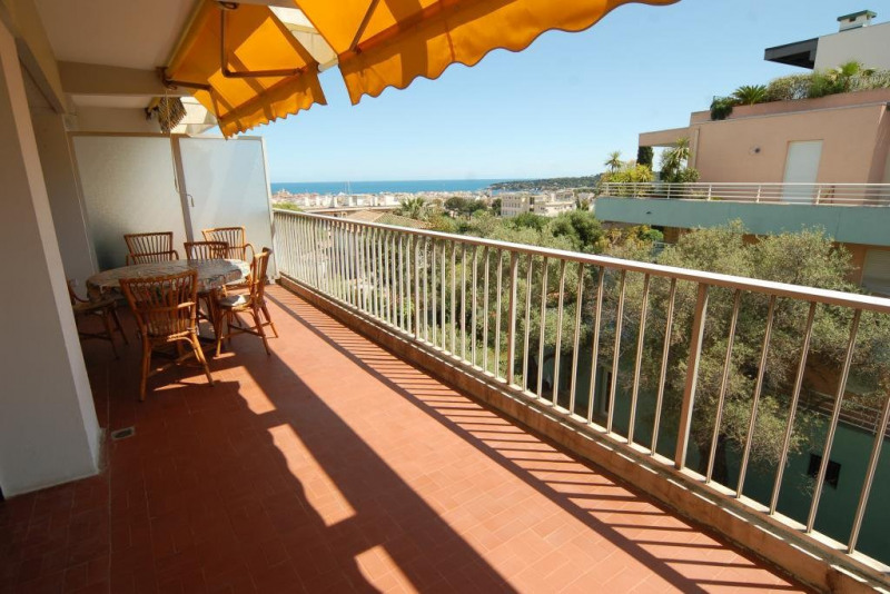 Sale apartment Antibes 350000€ - Picture 2