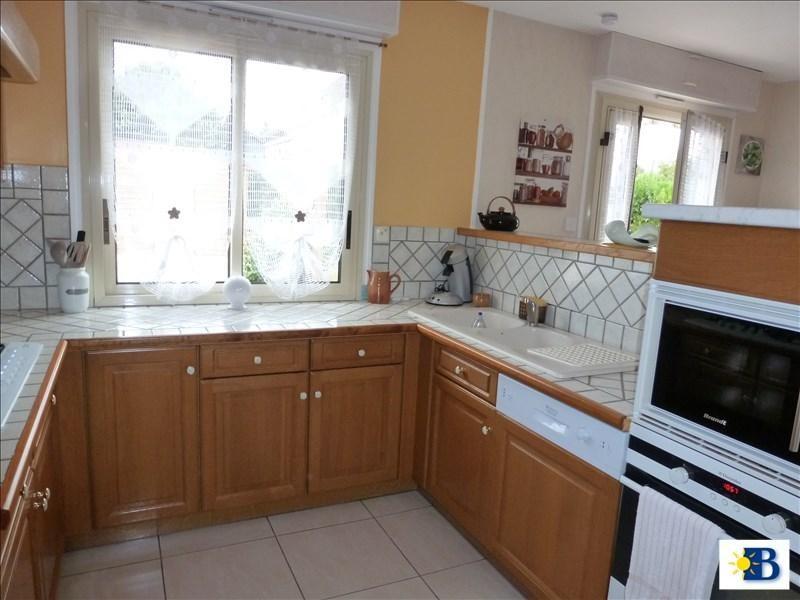 Vente maison / villa Chatellerault 164300€ - Photo 2