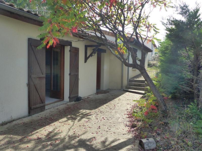 Sale house / villa St benoit 196700€ - Picture 2