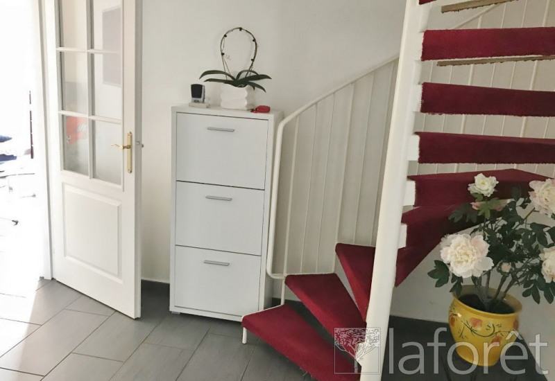 Vente maison / villa Villefontaine 210 000€ - Photo 3