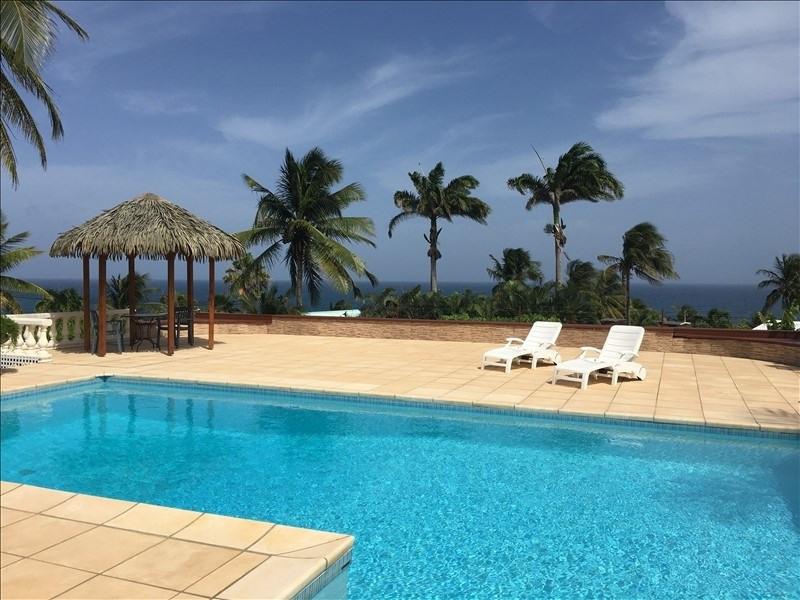 Deluxe sale house / villa Ste anne 1290000€ - Picture 2