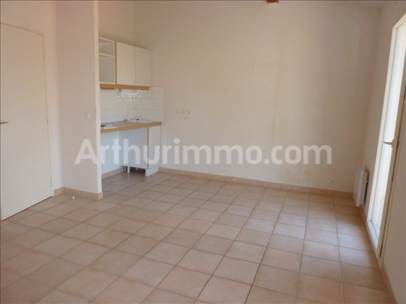 Rental apartment Roquebrune sur argens 803€ CC - Picture 4