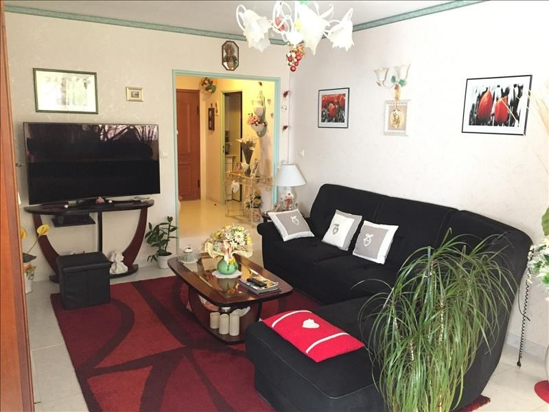 Sale apartment Salon de provence 210000€ - Picture 4