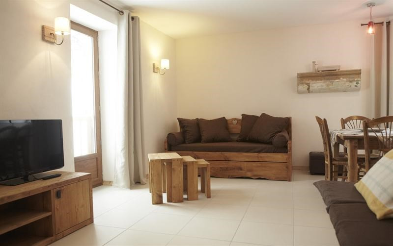 Vacation rental apartment Les moussieres 400€ - Picture 4