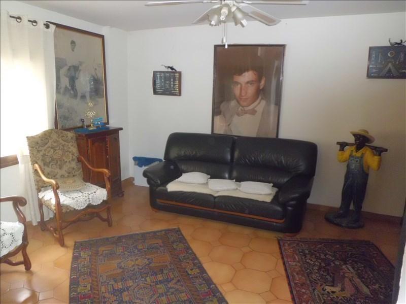 Sale house / villa Bessens 132000€ - Picture 2