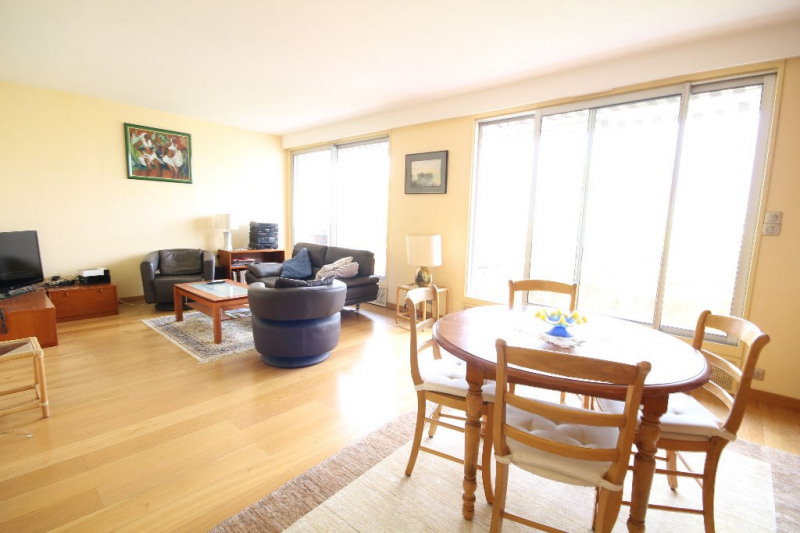 Sale apartment Mareil marly 385 000€ - Picture 1