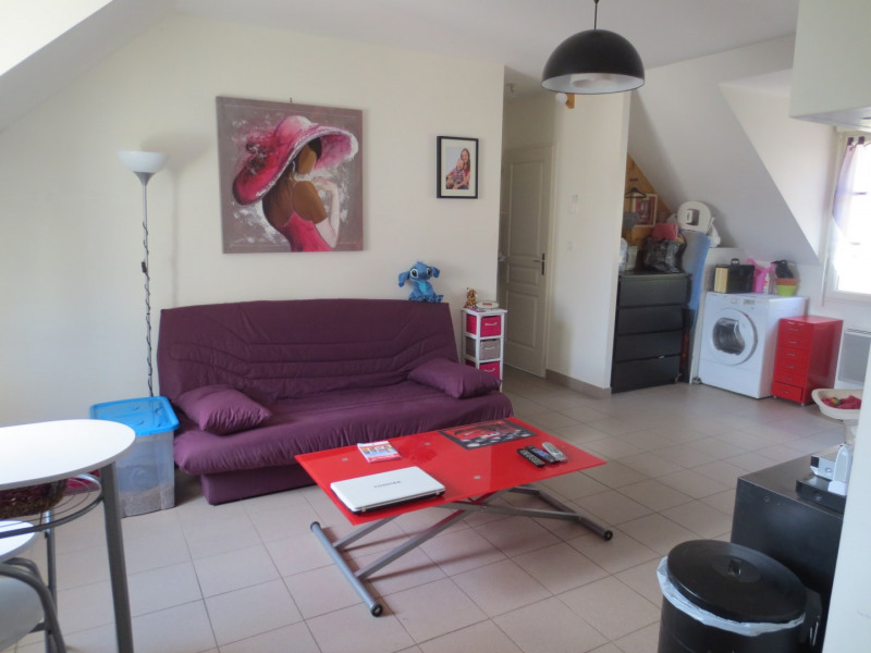 Rental apartment Chars 550€ CC - Picture 2