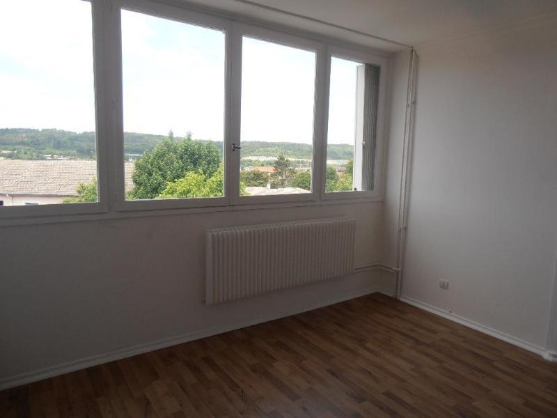 Location appartement Oyonnax 630€ CC - Photo 3