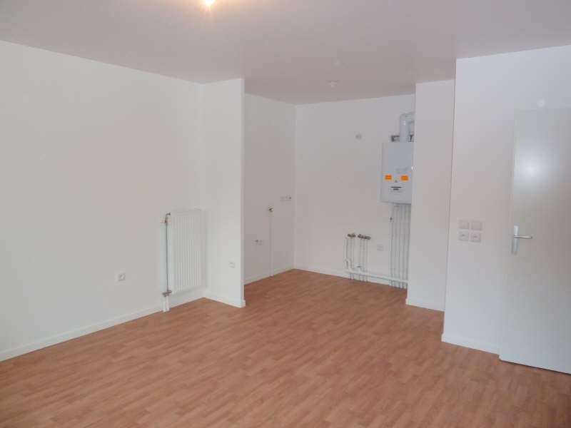 Rental apartment Mantes la jolie 651€ CC - Picture 2