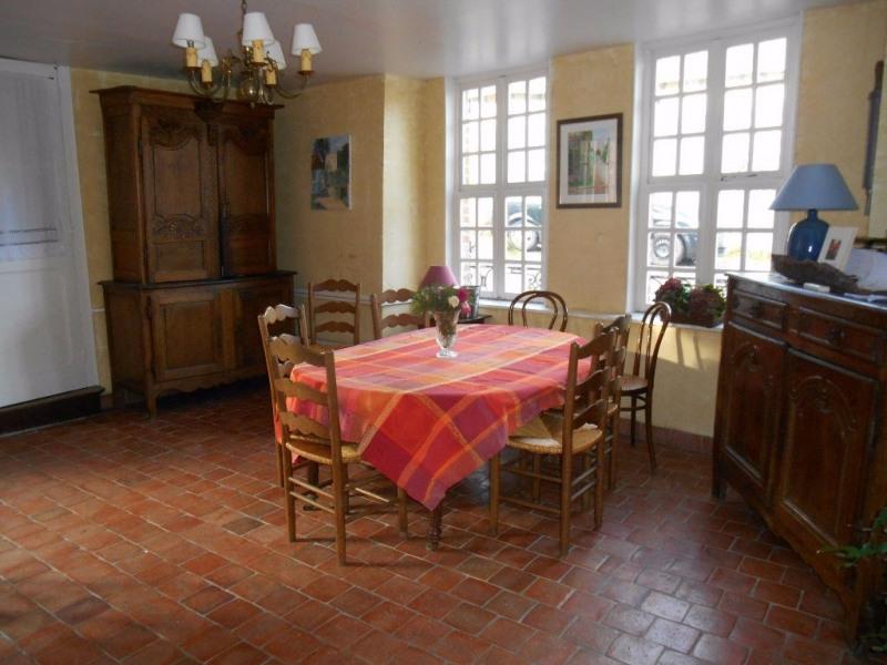 Sale house / villa Gerberoy 372000€ - Picture 4