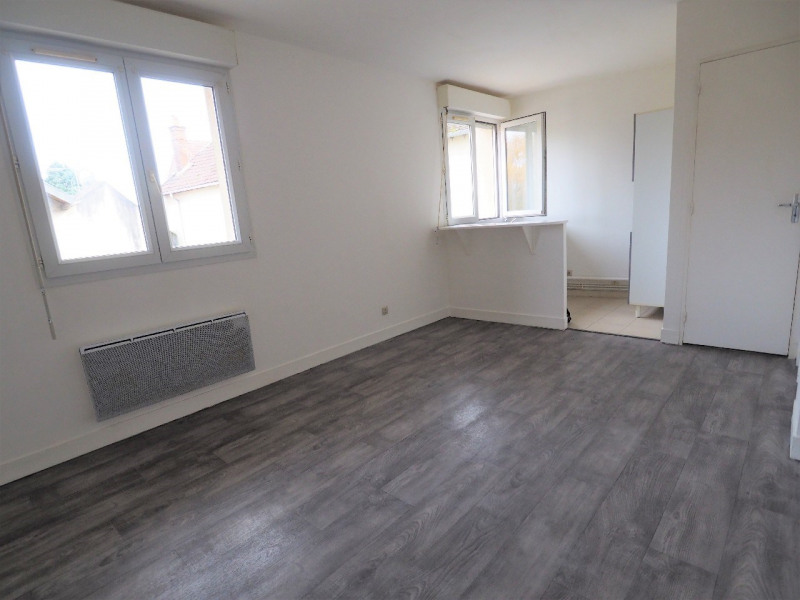 Rental apartment Dammarie les lys 470€ CC - Picture 3