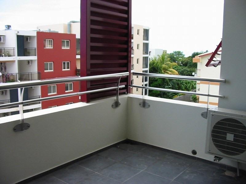 Location appartement St denis 611€ CC - Photo 8