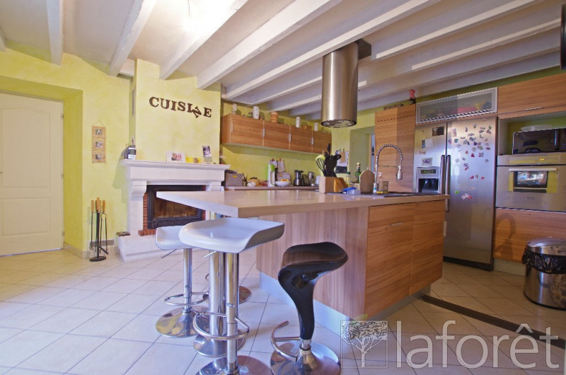 Sale house / villa Montilliers 357 000€ - Picture 4
